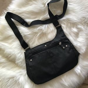 Baggallini Sling Crossbody Bag Great Condition